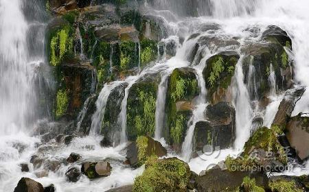 安吉藏龙百瀑 灵峰山 凤凰山玻璃观景台 生态博物馆超值农家2日